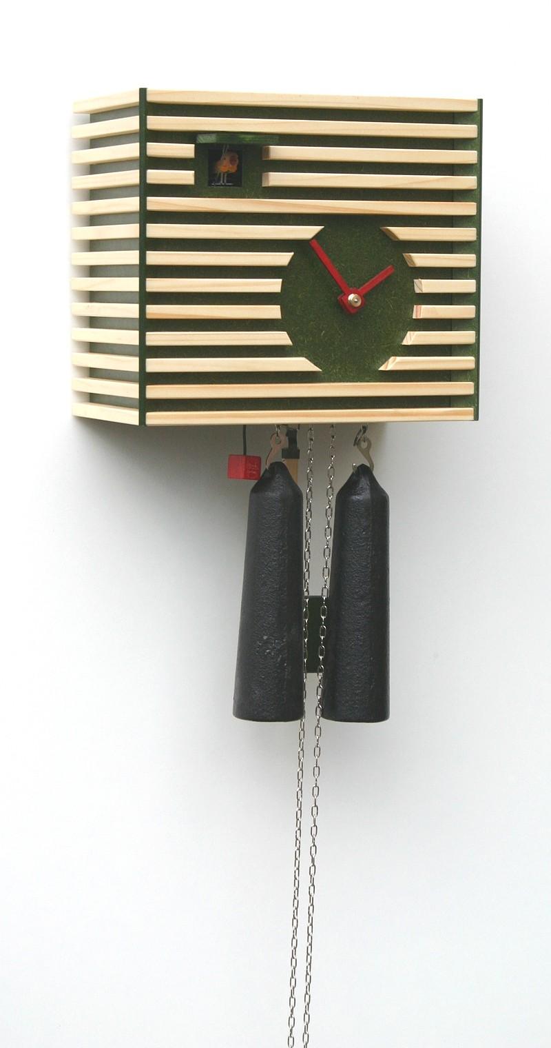 moderne kuckucksuhr 8 tage werk bauhaus stil gr n. Black Bedroom Furniture Sets. Home Design Ideas